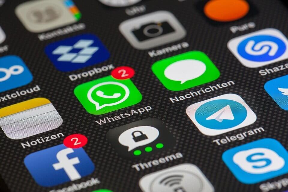 Mengenal WhatsApp Bisnis dan Perbedaannya dengan WhatsApp Messengger