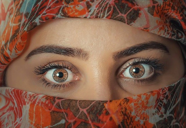 Penyakit mata dengan bantuan kaca mata