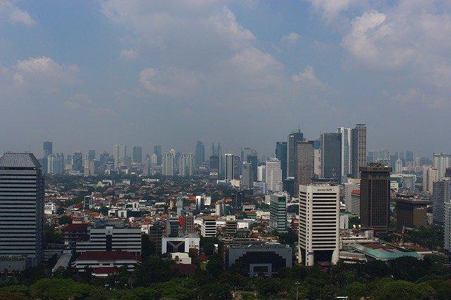 4 Tempat Wisata di Jakarta yang Bisa Naik Kereta