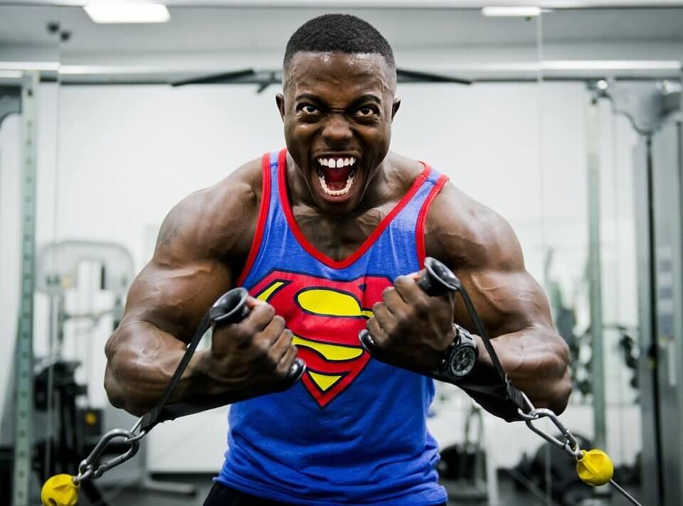 Cara Cepat Membentuk Otot Dada di Gym