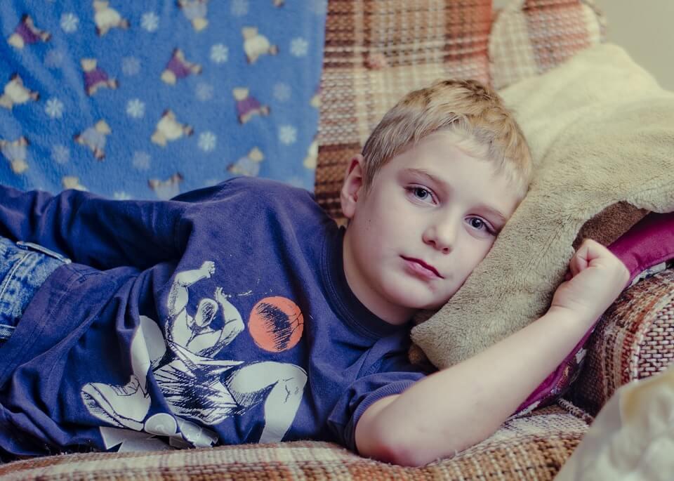 Bisa Menangis Sampai Histeris, Berikut Cara Mengatasi Anak Rewel Ketika Bangun Tidur
