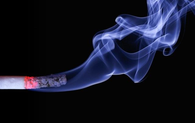 Hindari Rokok, Berikut Ini Bahaya Nikotin bagi Ibu Hamil
