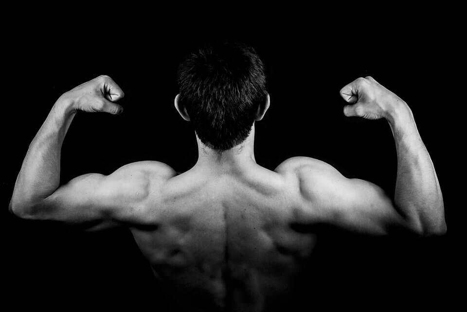 Ikuti Cara Membentuk Otot Perut di Rumah Paling Mudah